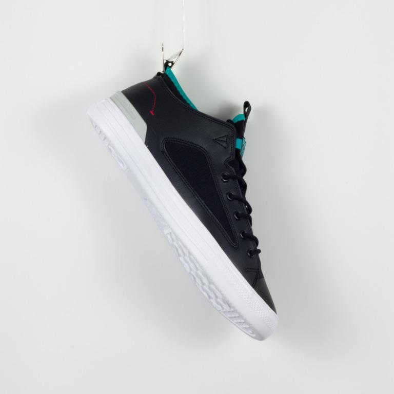Chuck Taylor All Star Ultra Shoot For The Moon Low Top Black .  SIZE unisex M 11 F 13