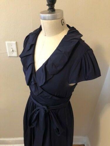 Diane Von Furstenberg Navy Wrap Dress Modern Size 8 Size M Classic Elegant