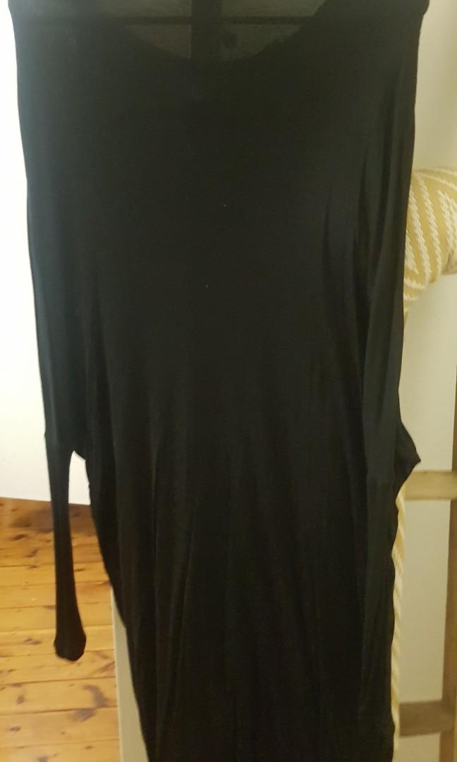 Long sleeve dress from the fifth label size medium brand new
