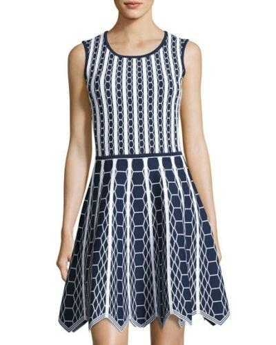 Pink Tartan Size M Bandage Fit and Flare Navy and White Dress Great Condition