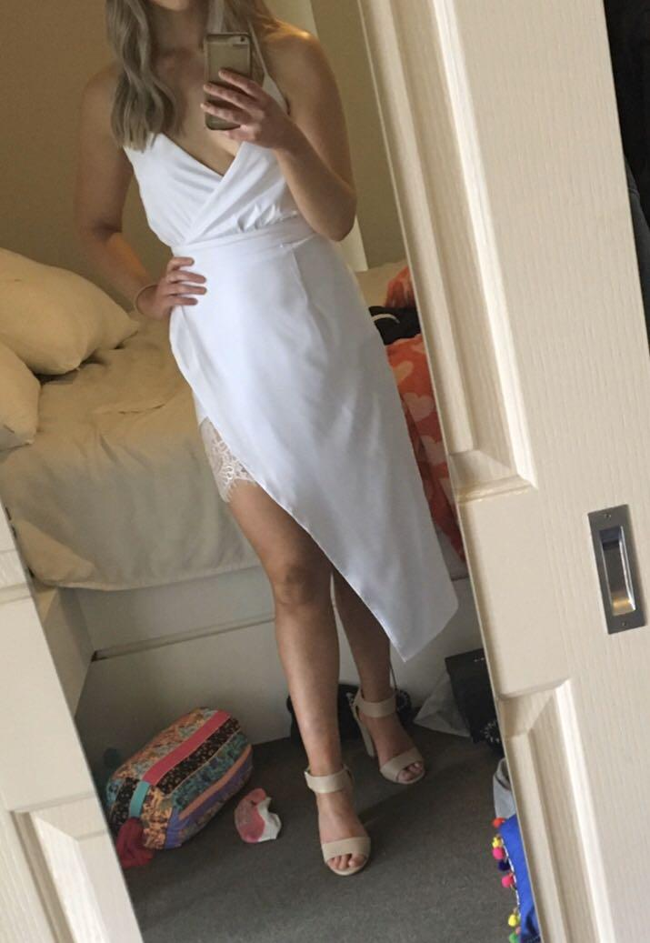 Runaway white midi dress with lace detailing size S