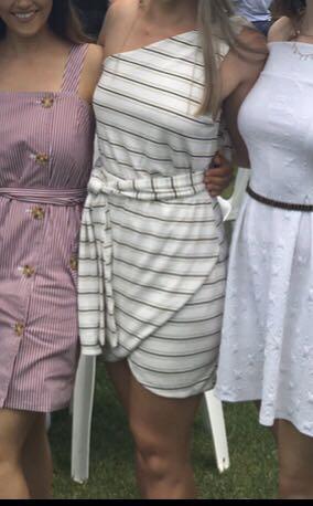 Sabo Skirt white off the shoulder tie dress size S
