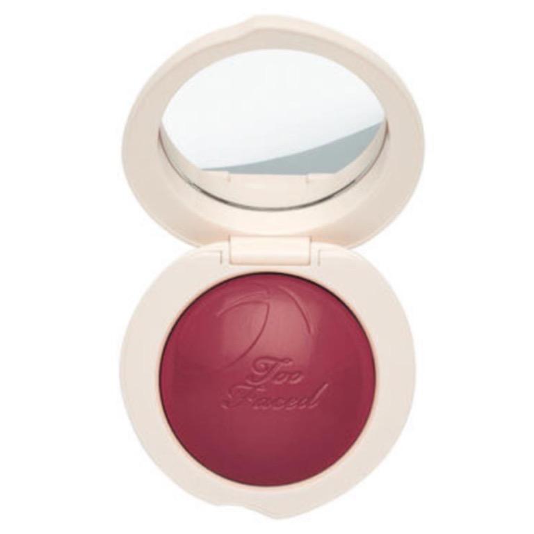 TOO FACED Peach My Cheeks Melting Powder Blush - Peach Berry RRP$46