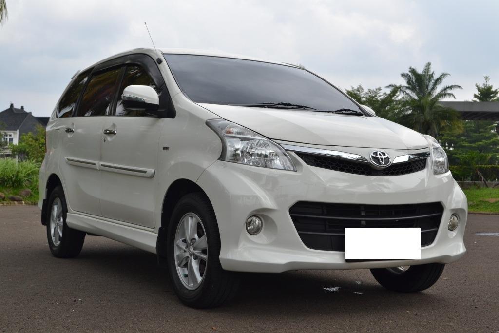 Toyota Avanza Veloz 1.5 AT 2013 Airbag Putih Istimewa Tdp 5 Jt