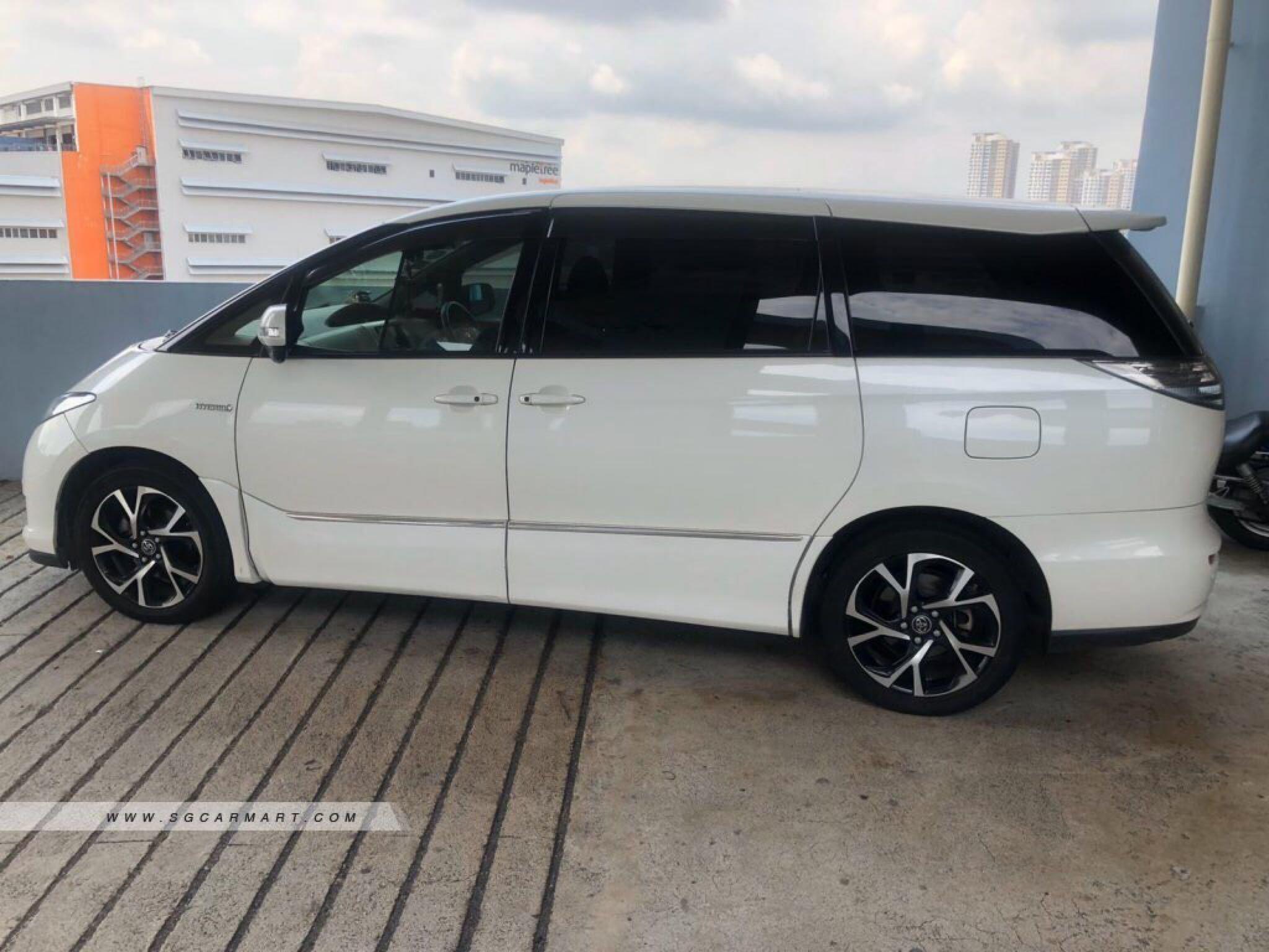 Toyota Estima Hybrid 2.4 X Auto