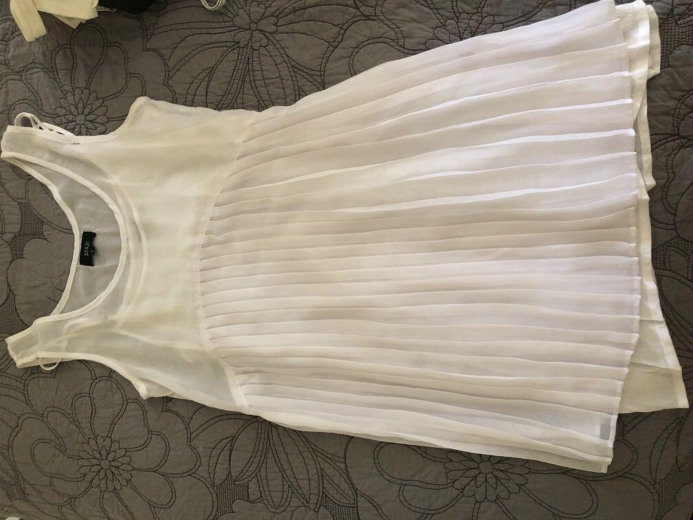 White pleated dress with white slip for underneath size 6