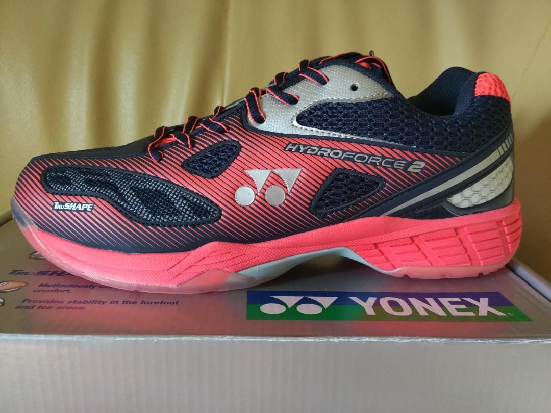 Yonex Hydro Force 2 Badminton/Squash Shoes - size 8.5 (US9/EUR42)