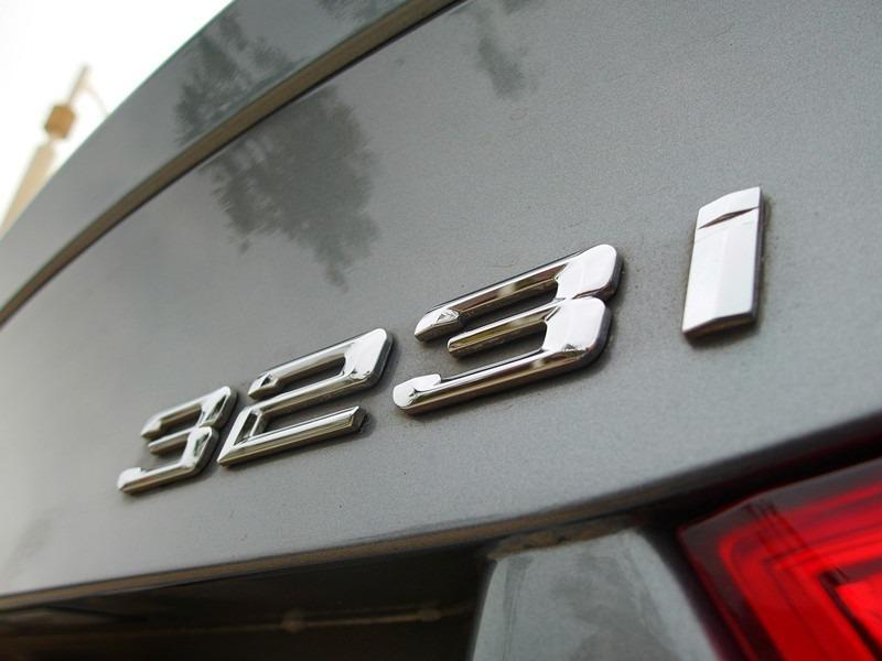 2010年 323i 正一手總代理 FB搜尋 : 300%優質中古車
