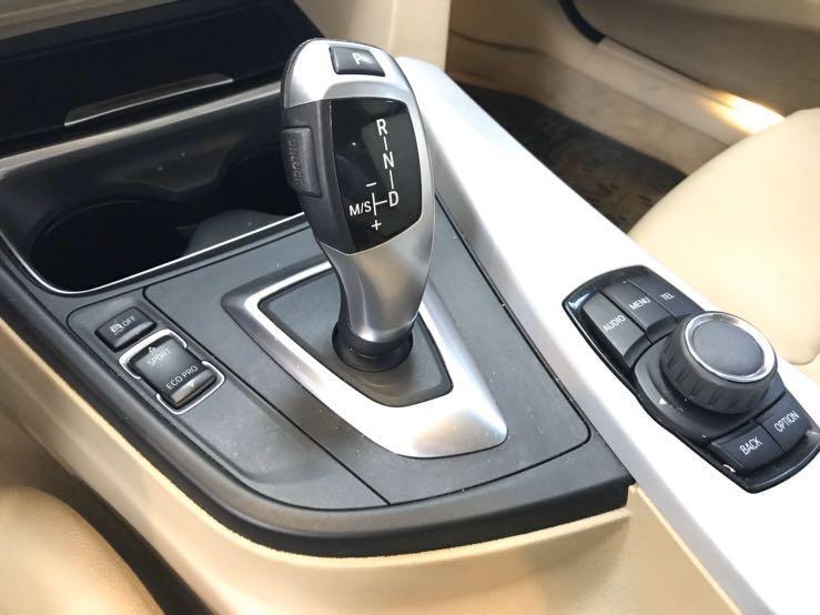 #328i BMW 2012年