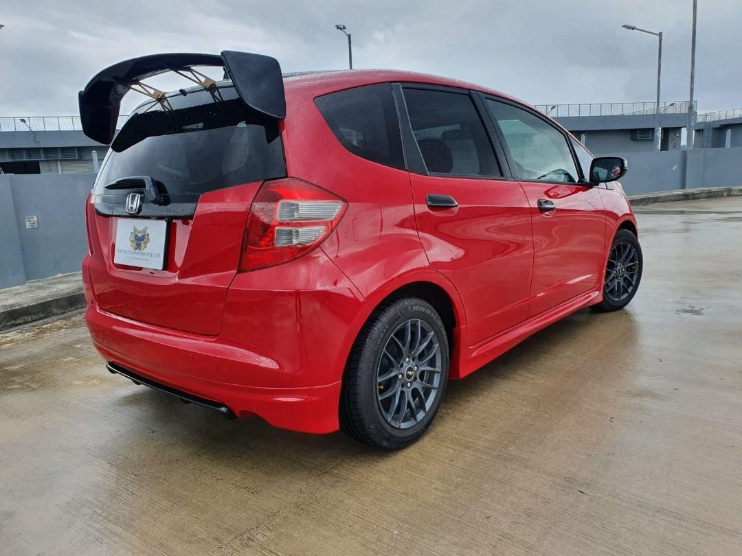 Honda Fit 1.3 G Auto Skyroof Auto