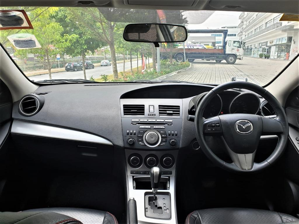 Mazda 3 @ Low rentals and you can drive away at just $500!