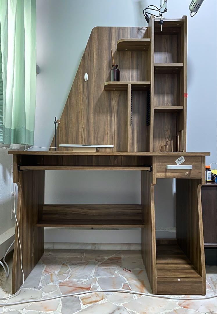 Wooden Study Table No Embly
