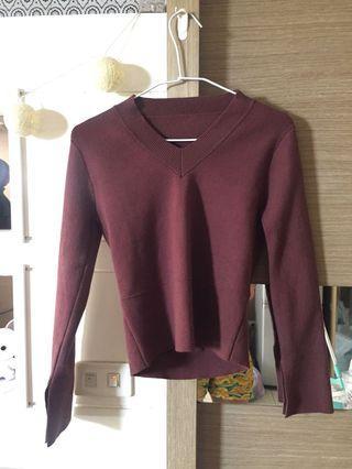 V領 咖紅 毛衣