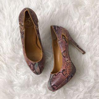BCBG  5.5 shoes