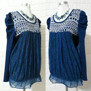 BLUE KNITTED PULLOVER/SWEATER W/LACED COVER UP