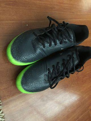 Adidas Messi 16.3 Soccer Shoes Cleats 5Y