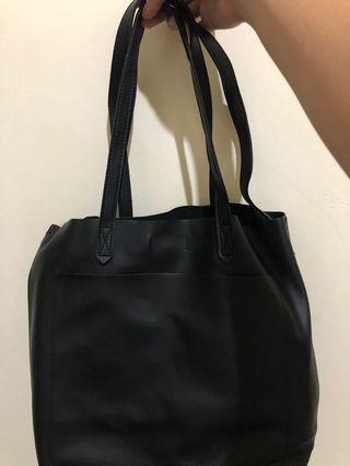 Sling / shoulder bag miniso