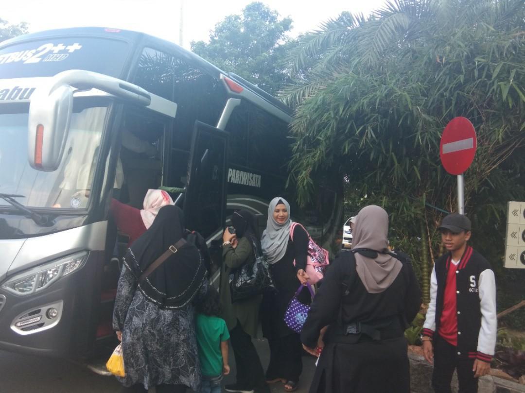 Batam transport cheap.private driver.       https://wa.me/6282283990375