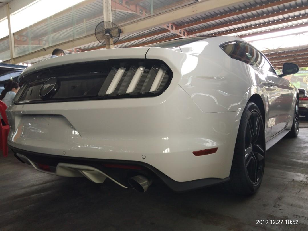 FORD~Mustang 2.3T  2018~RECON ON THE ROAD~PRICE RM298,888.88👍👍👍 ( include)Enjoy!👍👍👍😊🙏HP0122367272SENGSENG☺🙏price negotiable.✅