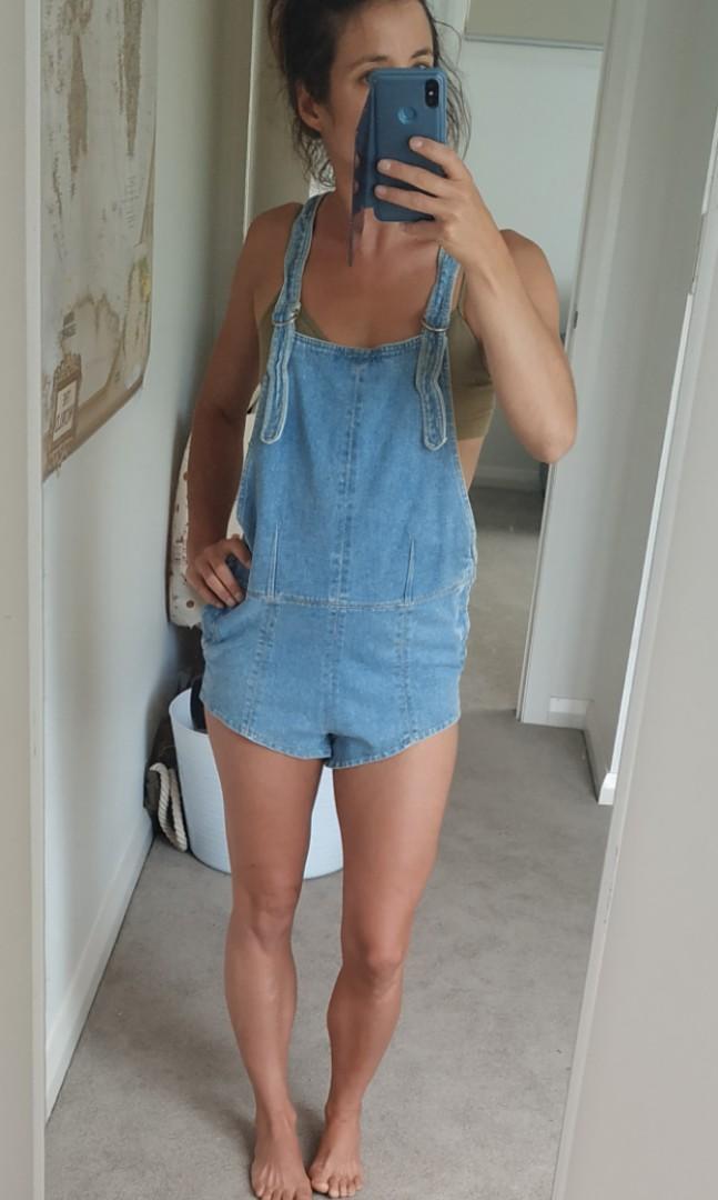 FRIEND OF MINE Susie Light blue denim shorts overalls dungarees romper  6/8