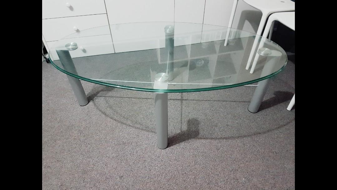 REDUCED!! good quality thick tempered glass coffee Table