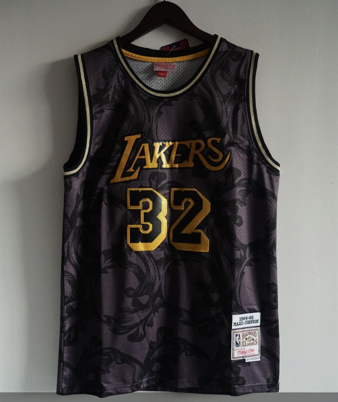 all black lakers jersey Off 57% - www.bashhguidelines.org