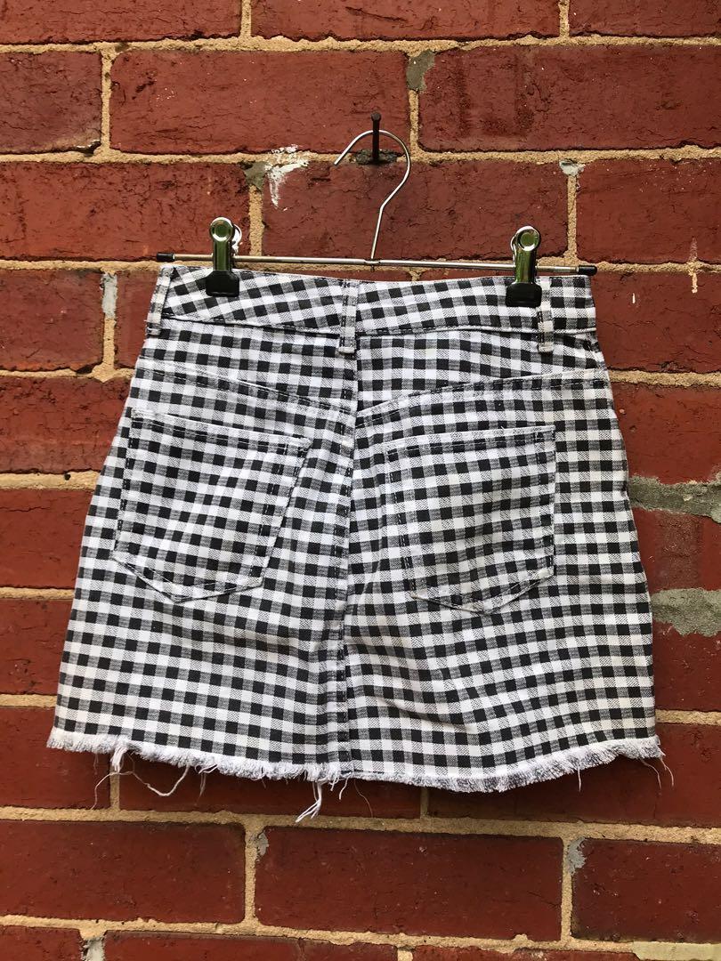 Topshop Checked black and white denim skirt size 6