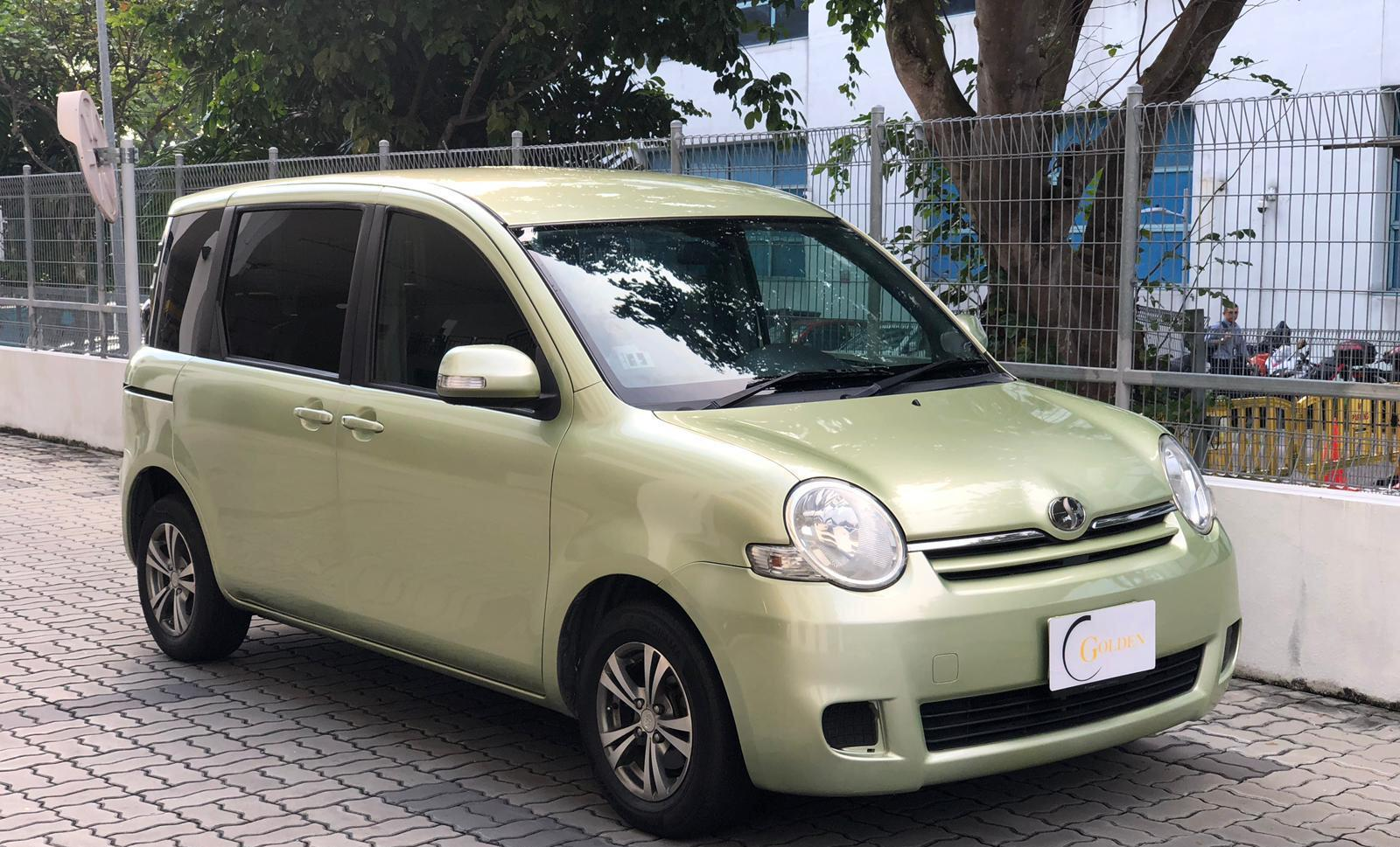 Toyota Sienta rent Grab Rental Gojek Or Personal Use low price and CHEAPEST RENTAL