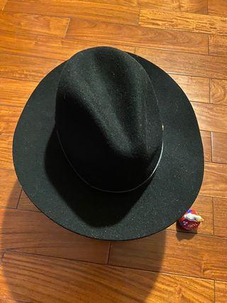 巴拿馬帽子英倫街頭時尚