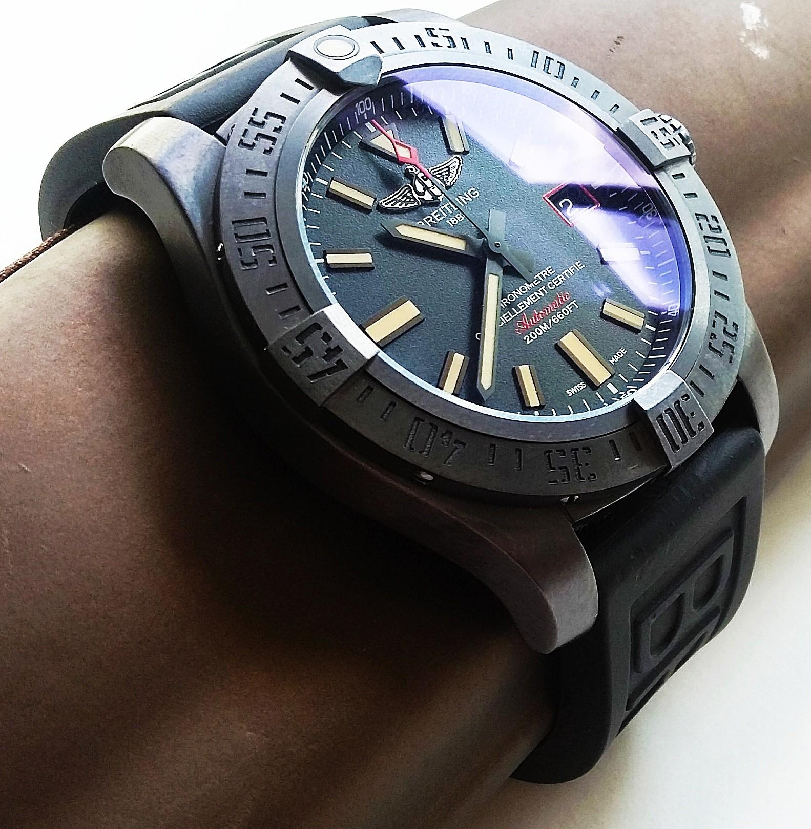 22mm & 24mm BLACK VULCANISED RUBBER WITH STAINLESS STEEL BUCKLE FOR BREITLING AVENGER AND SUPEROCEAN.