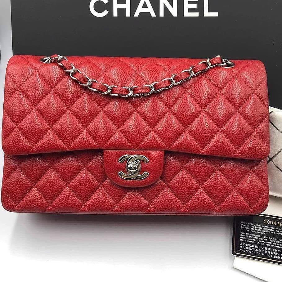 Authentic 💯 [ preloved ] Chanel Classic Medium 25cm Red Caviar Silver Hardware Flap Bag