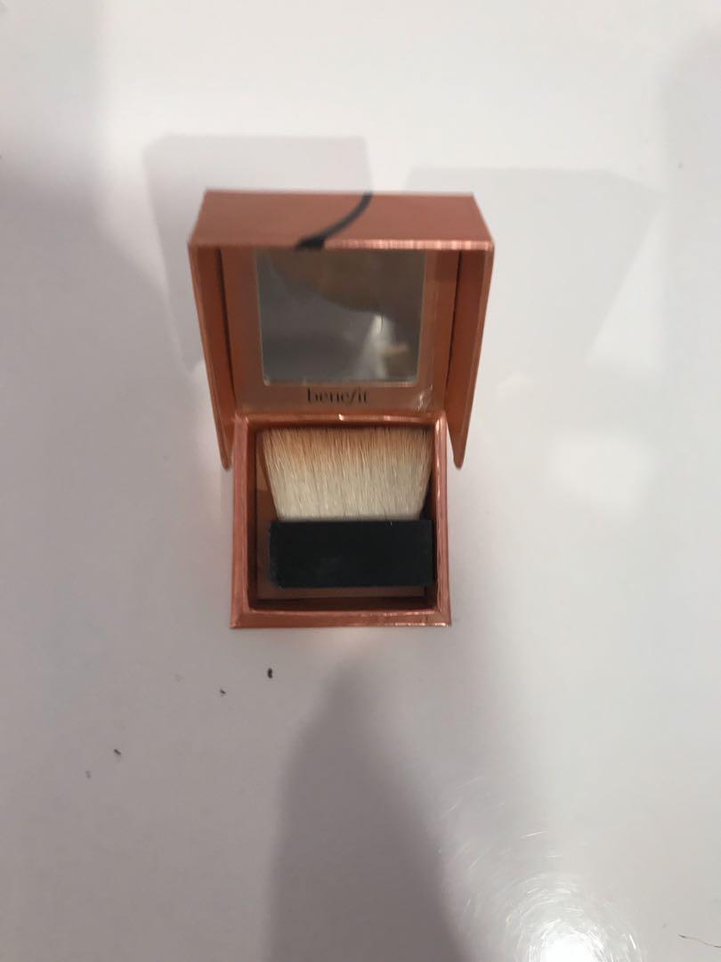 Benefit Cosmetics Dandelion Twinkle Highlighter Makeup