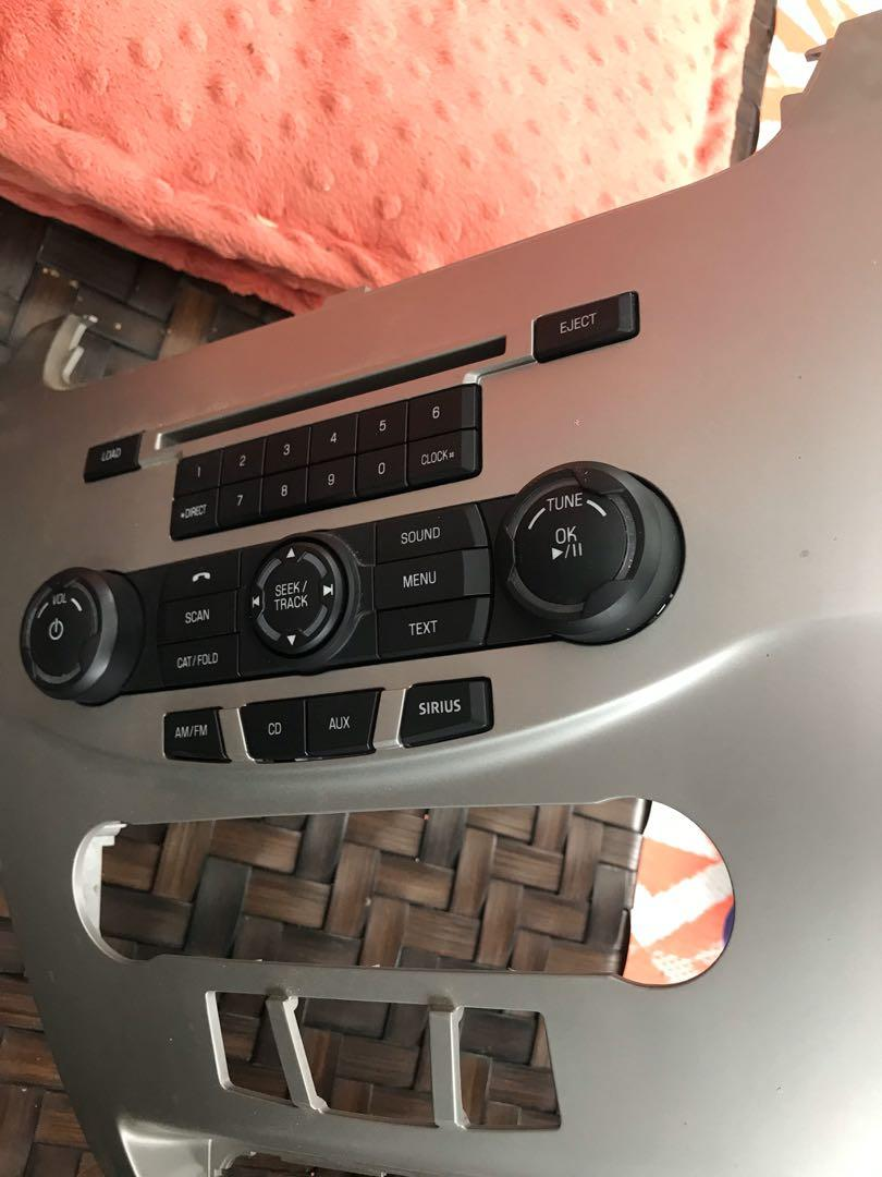 Ford Focus Radio face with radio. Original factory