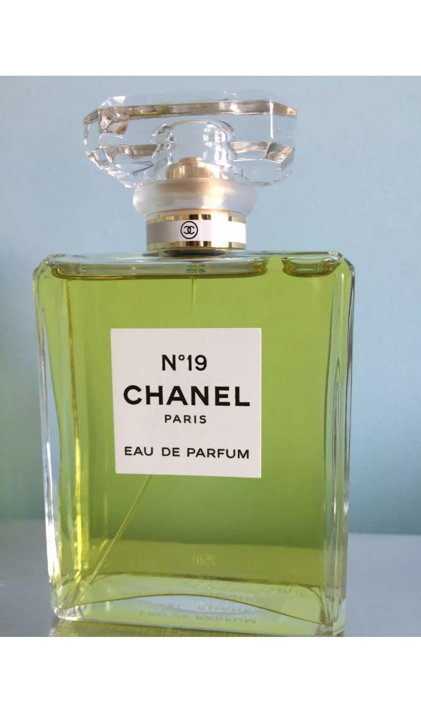 Genuine chanel no.19 Eau de parfum new unsprayed Tester 100ml large bottle