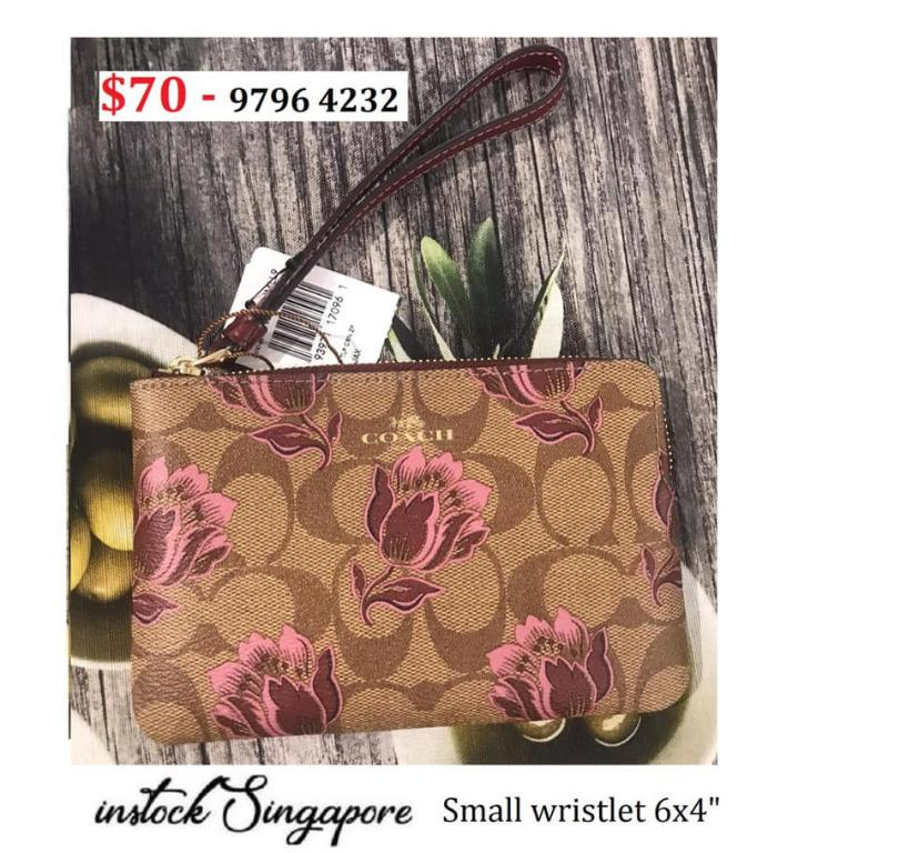 READY STOCK - AUTHENTIC - NEW  Coach CORNER ZIP WRISTLET flower COATED CANVAS WITH LEATHER DESERT TULIP PRINT f78113