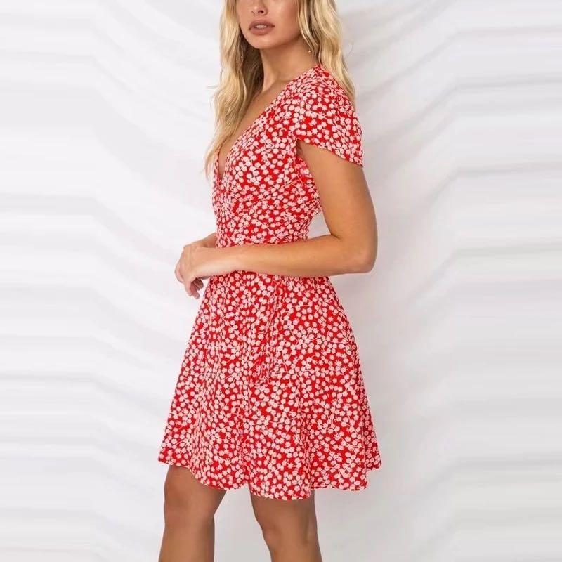 Red and white floral print summer dress Size L - EUC