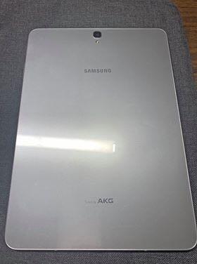 Samsung Galaxy Tab S3 + Samsung Keyboard + case + pen