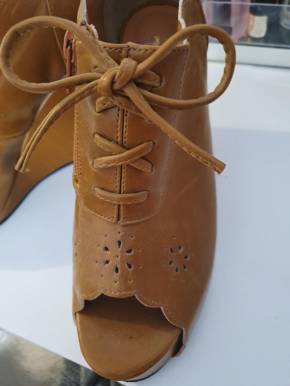 Size AU 6 / EUR 37 / UK 4.5 / US 6 Women's Camel Peep toe Wedge