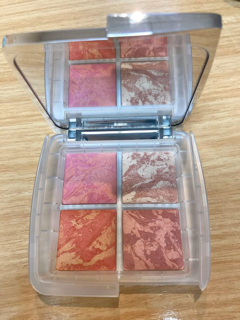 Free Postage Hourglass ambient lighting blush palette ghost