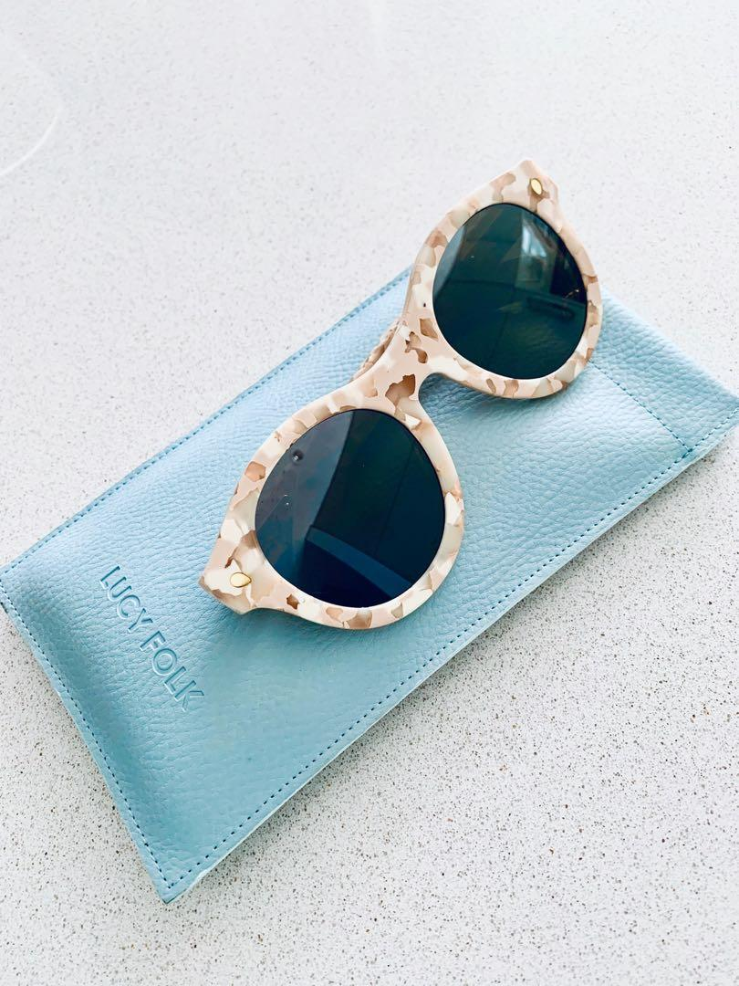 Lucy Folk Wayfarer Grande & Sweet Sunnies Sunglasses