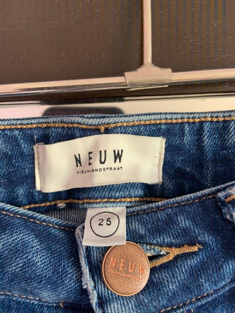 Neuw Jeans never worn size 25 skinny fit brand new