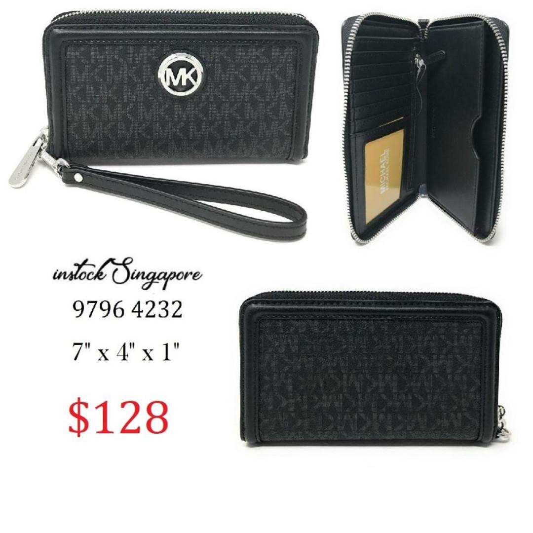 READY STOCK - AUTHENTIC - NEW MICHAEL KORS Black Signature Fulton Large Flat Multifunction Leather Phone Case Wallet