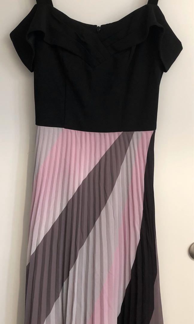 Review - Galaxy Stripe Dress - Black, Blush, size 6.