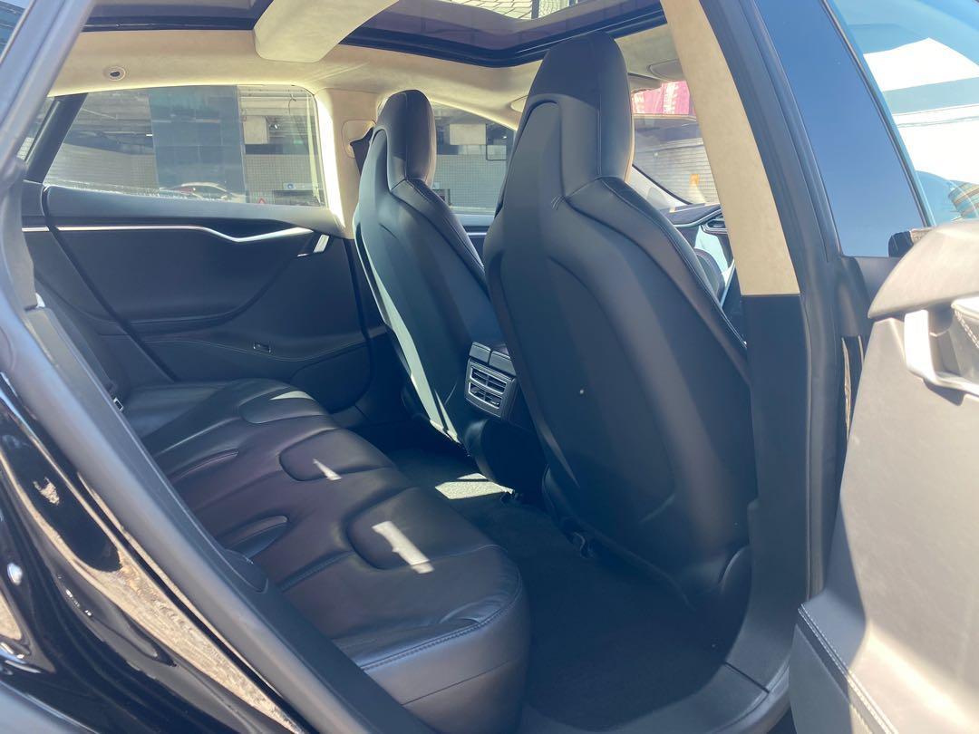 Tesla Model S 85D Auto