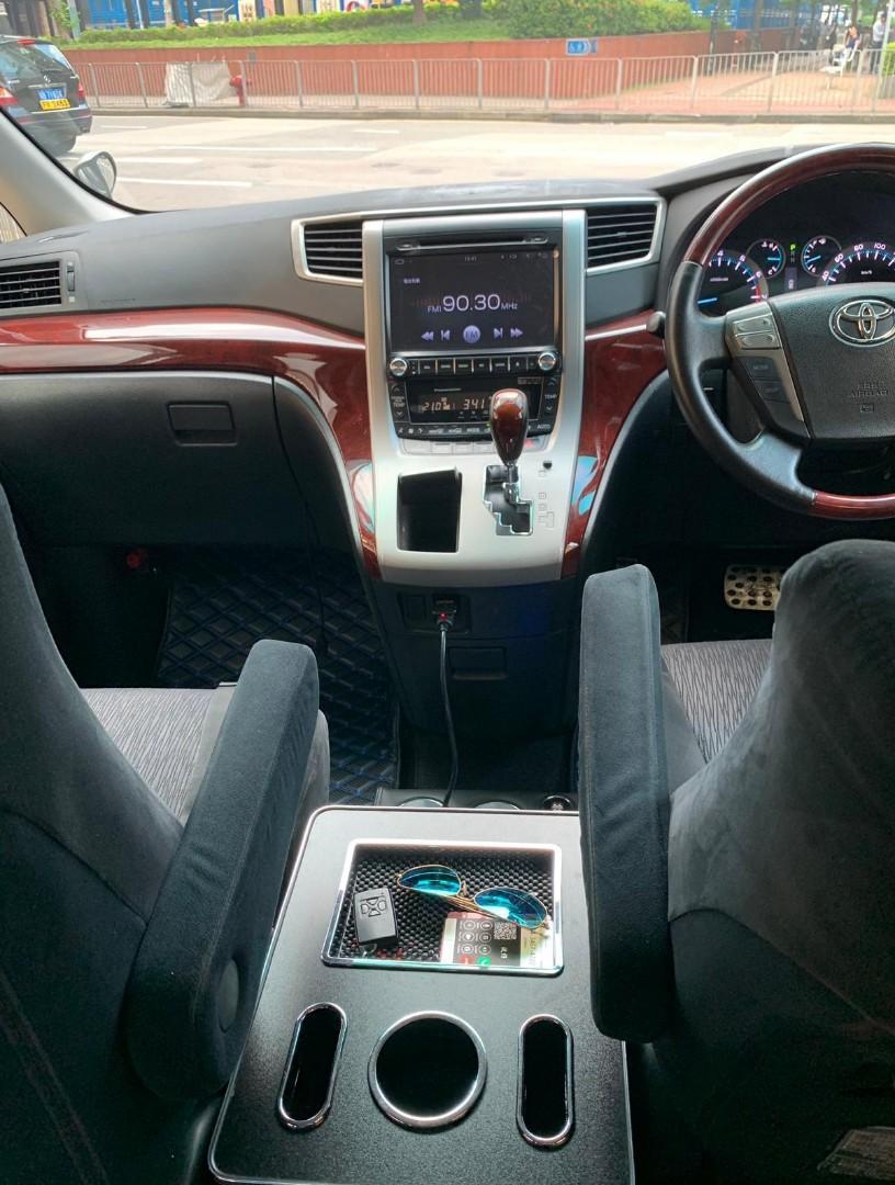 Toyota Alphard V6 3.5 Auto