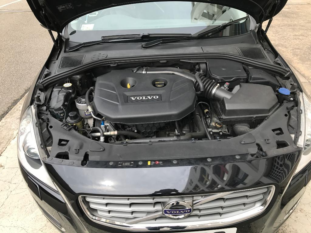 Volvo V60 T5 Drive-E (A)