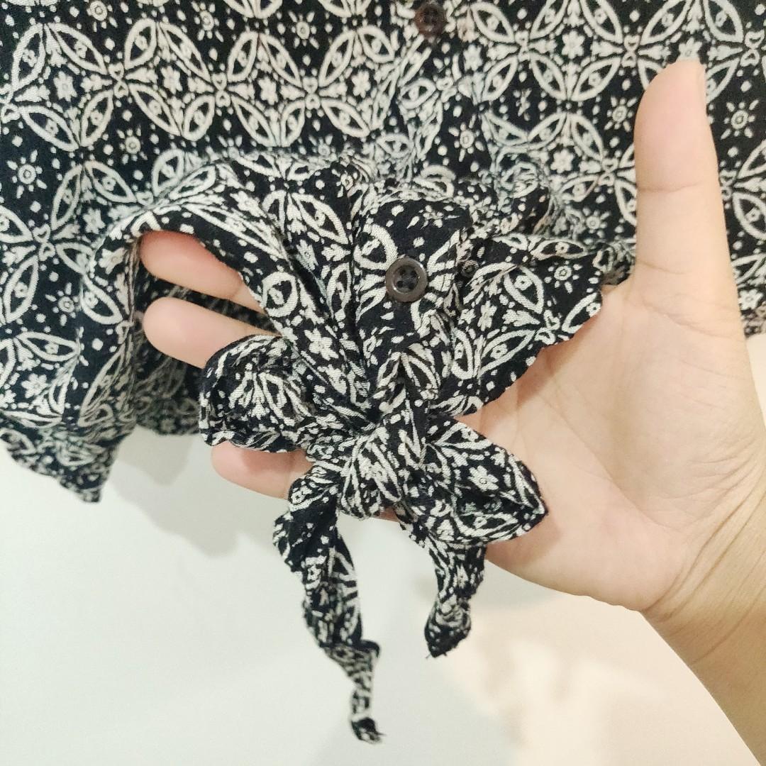 Atmosphere Black Printed Sleeveless Blouse UK Size 14