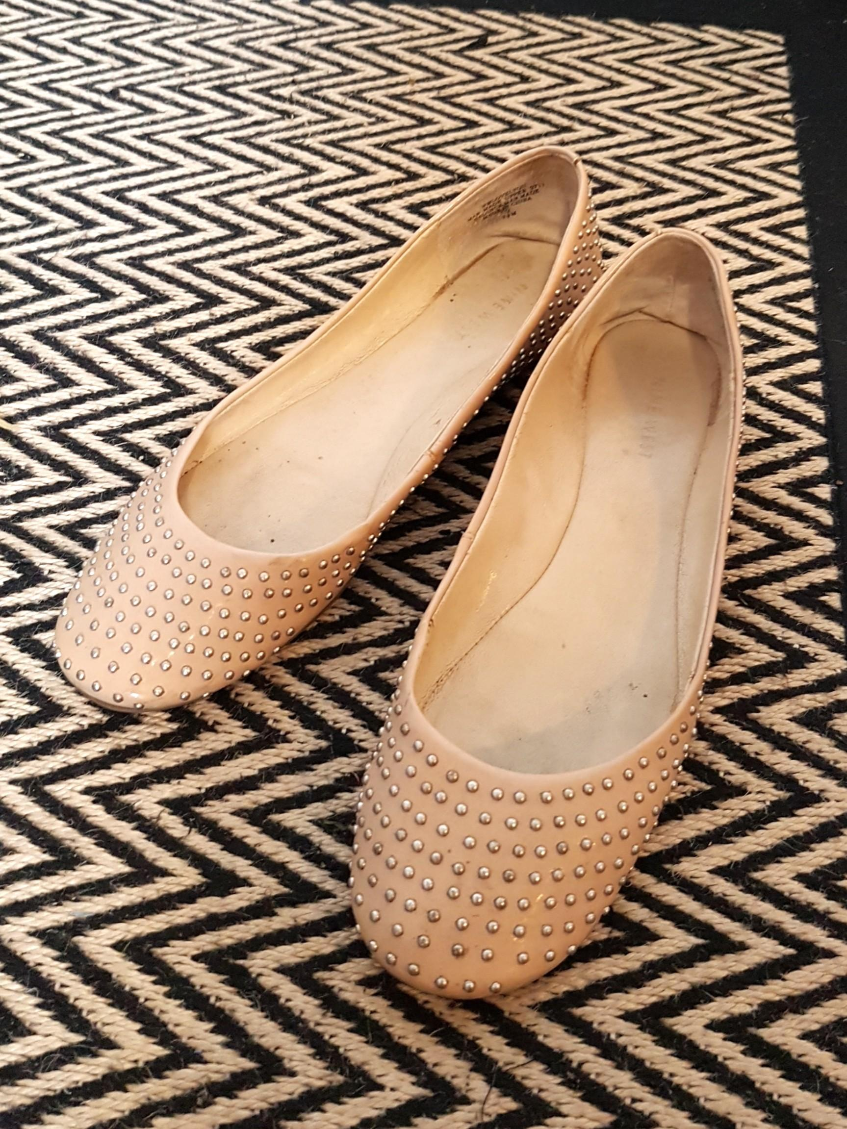Nude leather flats with silver studs (Nine West size 38)