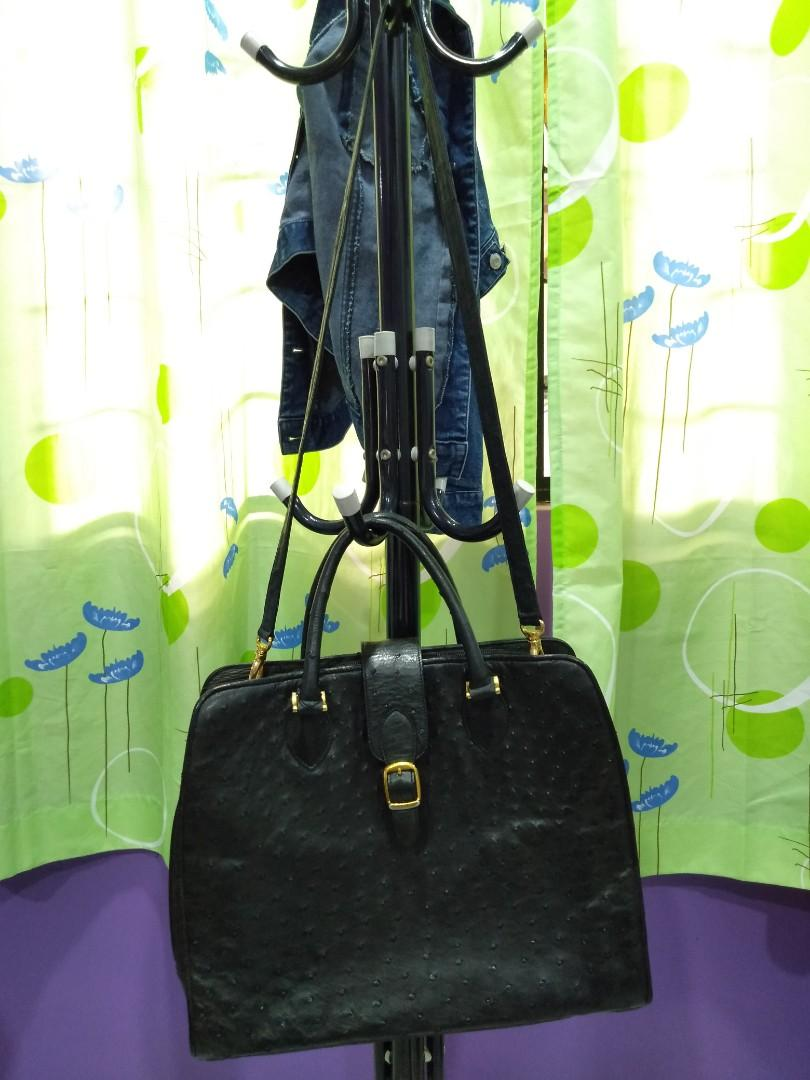 All Ostrich leather handbag tote bag, covered story book Oost Ryo Rich good Lady leather