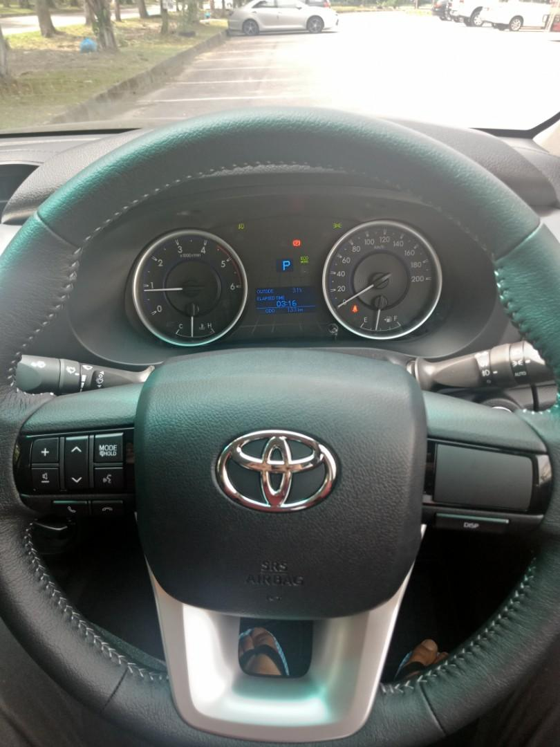 Toyota Hilux Revo 2.4(A) 4x4 Pickup Truck Sewa Selangor KL